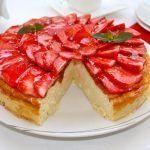 Pastel suave con fresas y queso ricotta 1