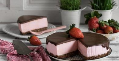 pastel de mousse de chocolate y fresa 1