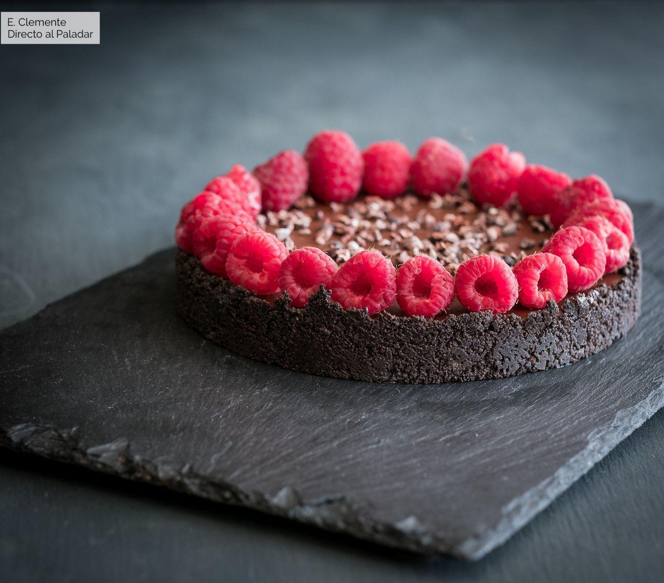 tarta de chocolate y frambuesas sin horno